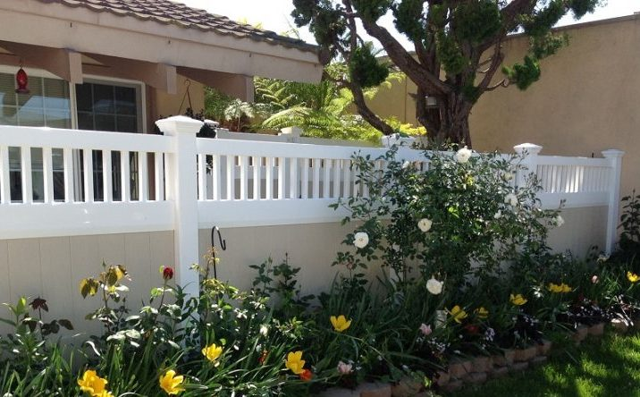 Vinyl Privacy Fencing - Duramax
