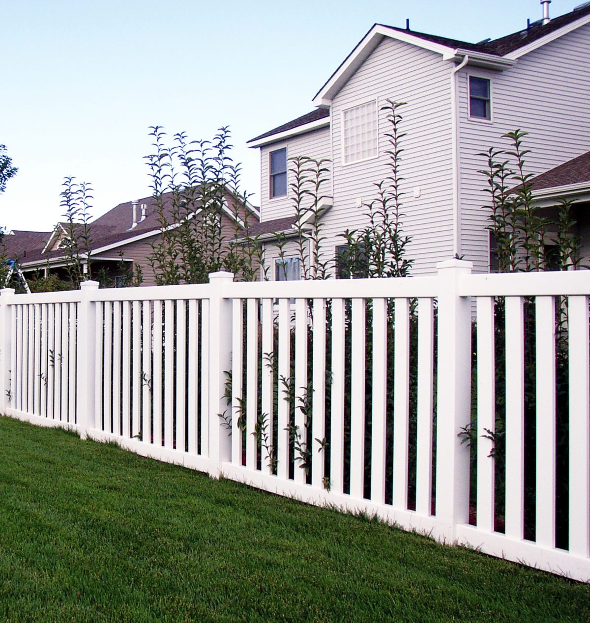 Hannah chose to install a white vinyl fence around her house immediately she came to know about the outstanding features of Duramax fences