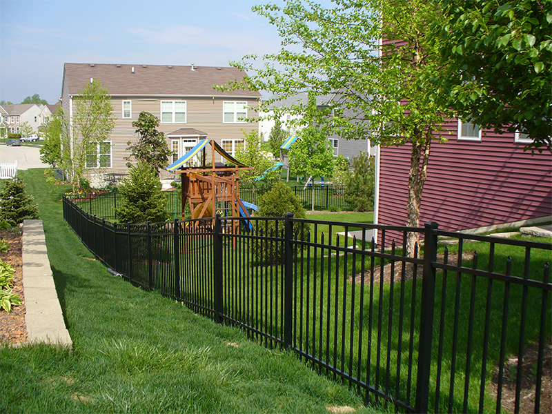 vinyl fence in Denver