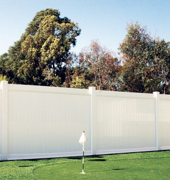 What makes vinyl a great choice for privacy fences in Denver?